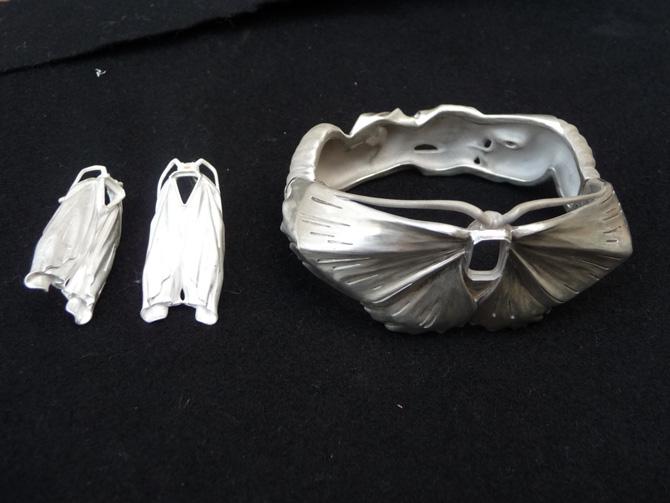 Мастер модели сережек и браслета